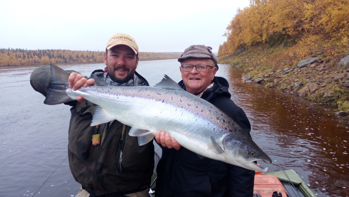 Ryabaga legendary angler Wolfie with a stunning 20 pounder!!