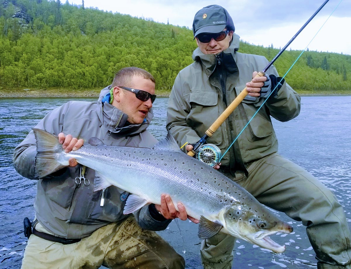 Big Dan & Pavel D. admire this 20lb Ponoi salmon