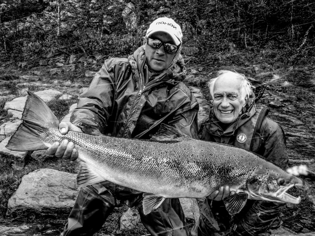 Jim &  Freddie with a Ponoi brute